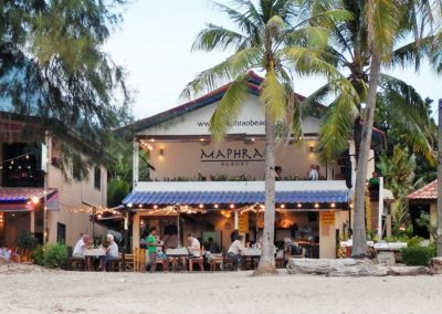 maphrao-resort-kamala-beach-phuket-frontview-beachside