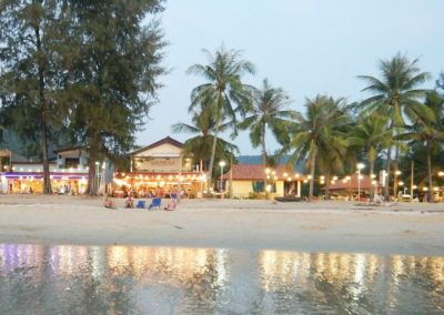 maphrao-resort-kamala-beach-phuket-frontview-beachside-evening