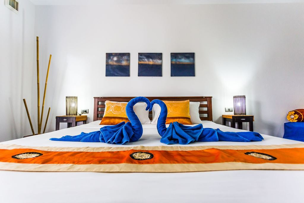 maphrao-resort-kamala-beach-phuket-rooms-interior-1024px-06